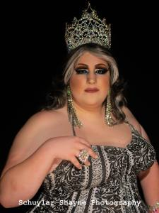 Ida Carolina in her Miss Holiday Crown